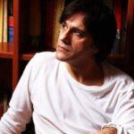 O Αλέξης Σταμάτης προτείνει πέντε βιβλία που θα πρέπει να διαβάσουμε το 2013