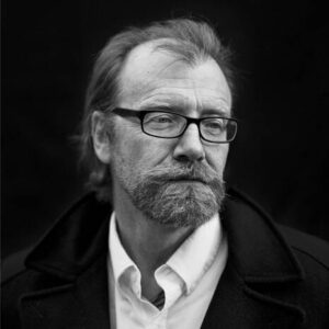 Author George Saunders at his home in Oneonta, New York on Tuesday, November 20, 2012. (Damon Winter/The New York Times)