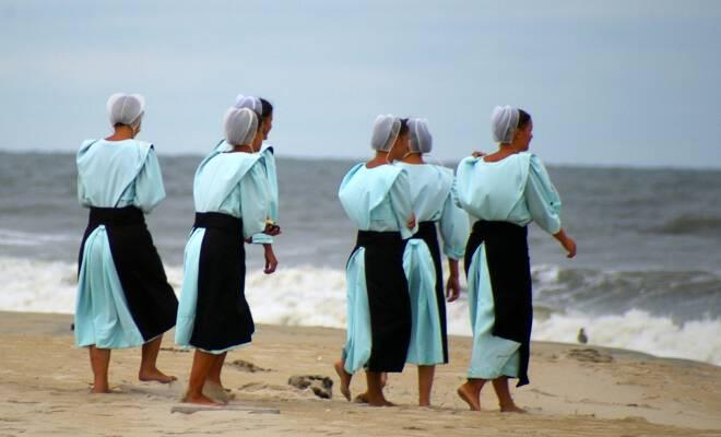 Femmes-Amish_660x400_scaled_cropp