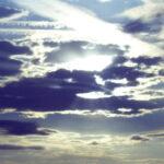 Το Ουράνιο Τόξο της Βαρύτητας: Αποτυπώματα Ενός Αριστουργήματος, του Βασίλη Καγιά