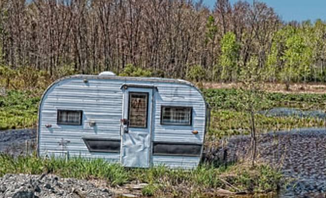abandoned-trailer_8672_660x400_scaled_cropp