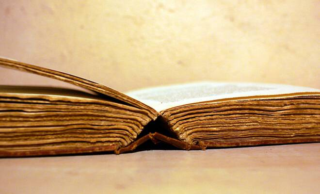 old book morguefile_660_400_cropp