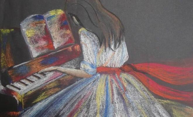 girl_piano