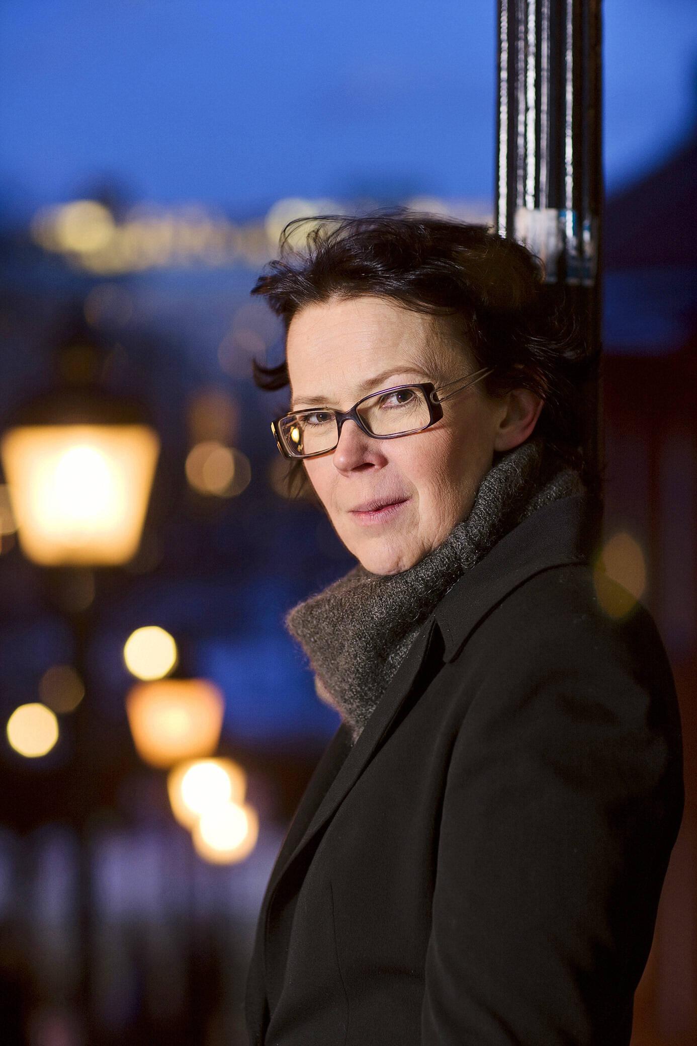 """Författaren Tove Alsterdal aktuell med boken """"Kvinnorna på stranden"""" utgiven på Lind & co, Stockholm"""